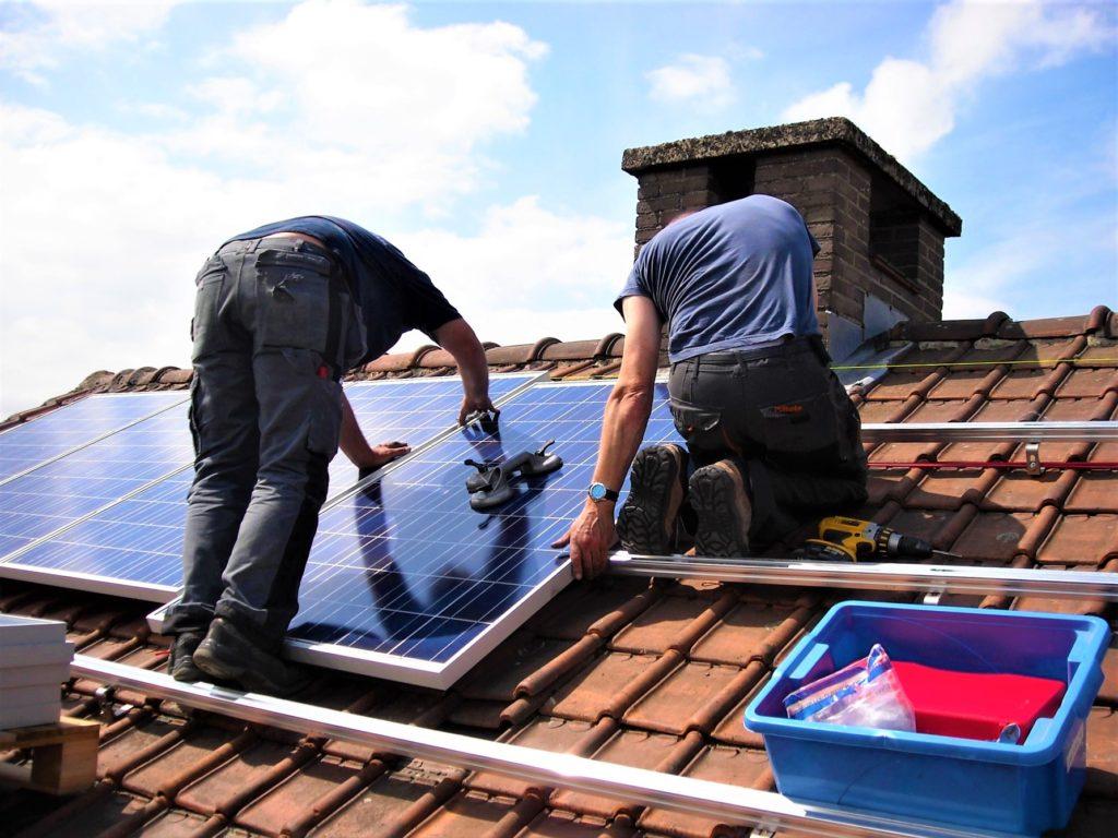 Panneaux solaires maisons energie